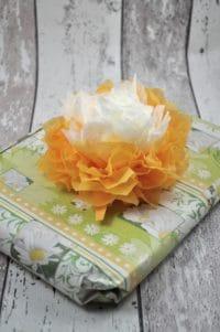 Papierblumen basteln mit Schritt für Schritt Anleitung