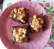 Erdnuss-Karamell-Brownies