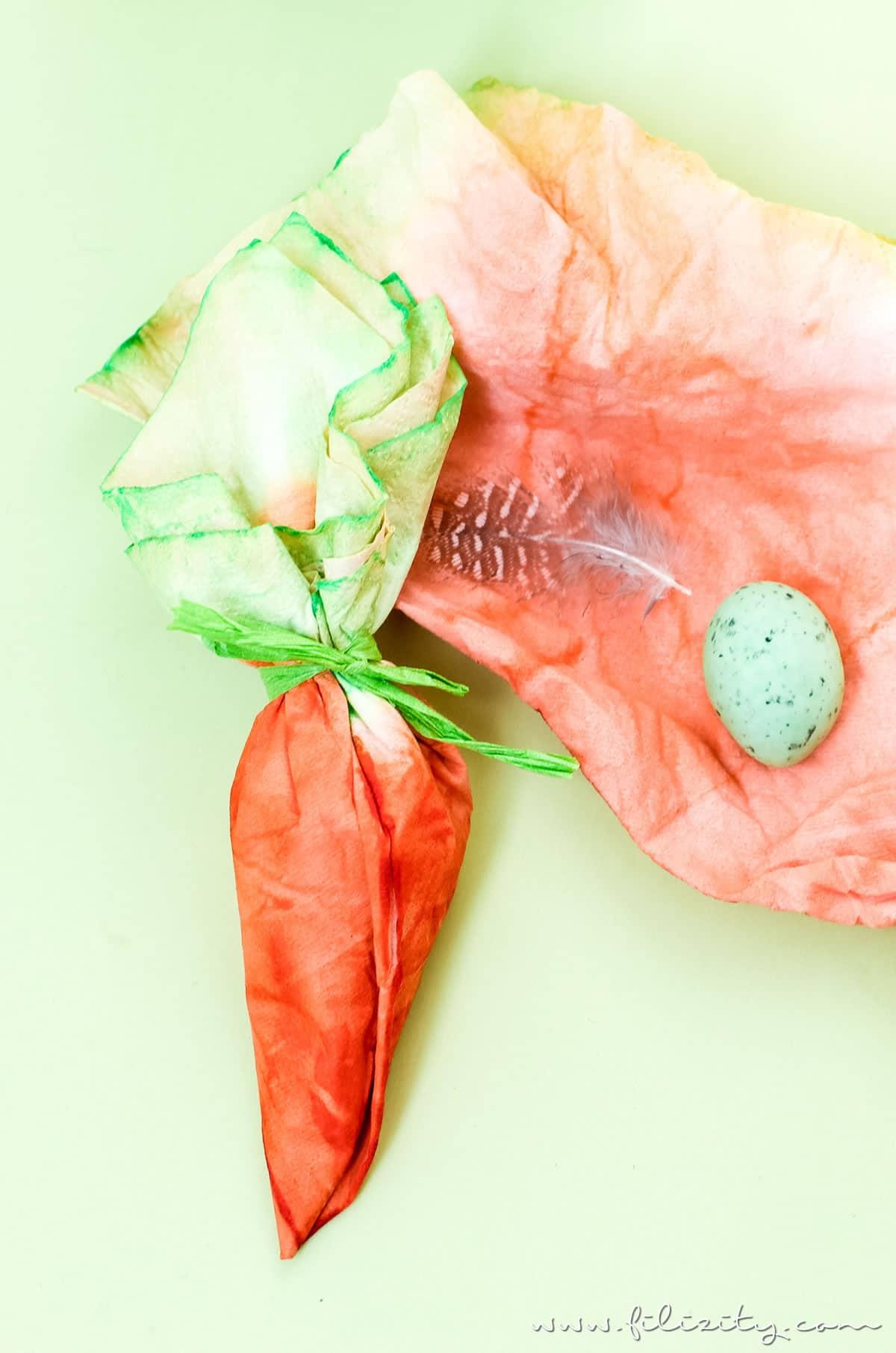 Ostergeschenke verpacken: DIY Taschentuch-Möhrchen - HANDMADE Kultur