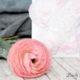 DIY-Blumenbild mit Blüten aus Krepp-Papier – passend zum Muttertag