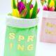 Frühlingsdeko aus einfachen Papiertüten selber machen