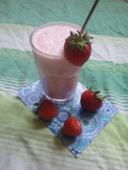 Strawberry Kiss (Buttermilchshake)