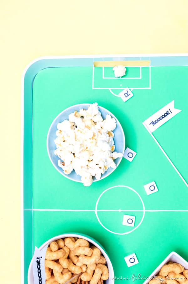 DIY Fußballfeld-Tablett für die WM Party