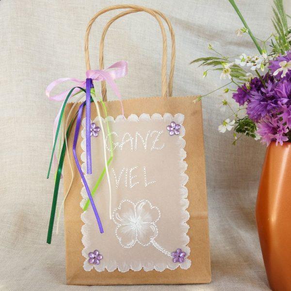 DIY Geschenktüte mit Pauspapier verzieren - HANDMADE Kultur