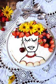 Boho Flowergirl trifft einfachsten Cheesecake der Welt - meine Version des Face Cake-Trends