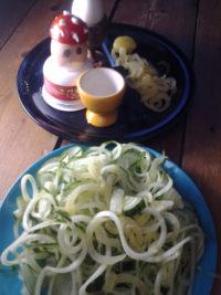 Kinderküche: Gudelsalat und Superpilzei
