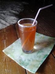 Kora Kirsche: selbstgemachte Limonade Apfel- Kornelkirsche
