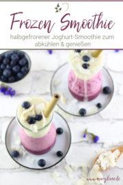 Frozen Yogurt Smoothie mit Bananen und Heidelbeeren