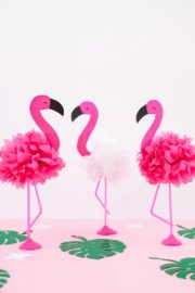 DIY Pompon Flamingos aus Servietten basteln