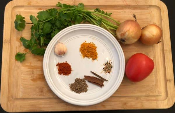 Frisches Masala – der Grundgeschmack für sämtliche indische Rezepte