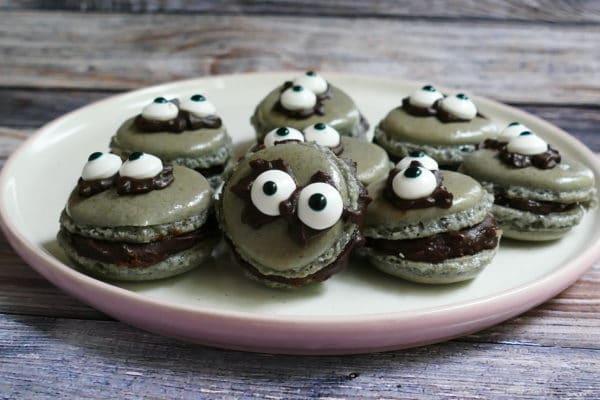 Ahh! Monster-Macarons!!!