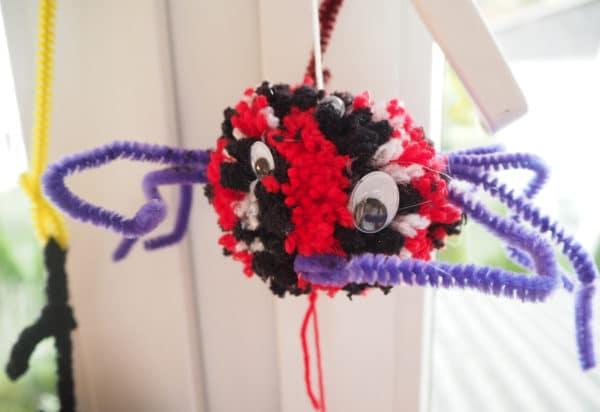 Halloween Spinnen Basteln Aus Pfeifenreiniger Und Wolle Handmade