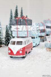 Adventskalender mit Spielzeugautos