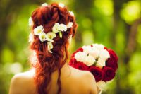Haarschmuck für die Hochzeit selbst gestalten.