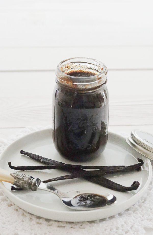 Grundrezept: Vanillepaste selbst gemacht