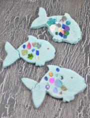 Regenbogenfische aus Salzteig