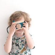 Spielzeugkamera aus Holz