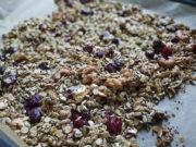Leckere Kirsch-Granola: So machst du Müsli selbst