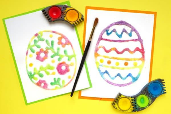 Malen mit Kindern: Osterei aus Salz und Wasserfarben