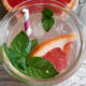 Grapefruit-Limonade mit Minze – Pink Grapefruit Soda