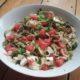 Zucchininudeln mit Wassermelone, Feta und Minze