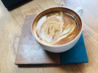 Kaffeeuntersetzer aus Holz