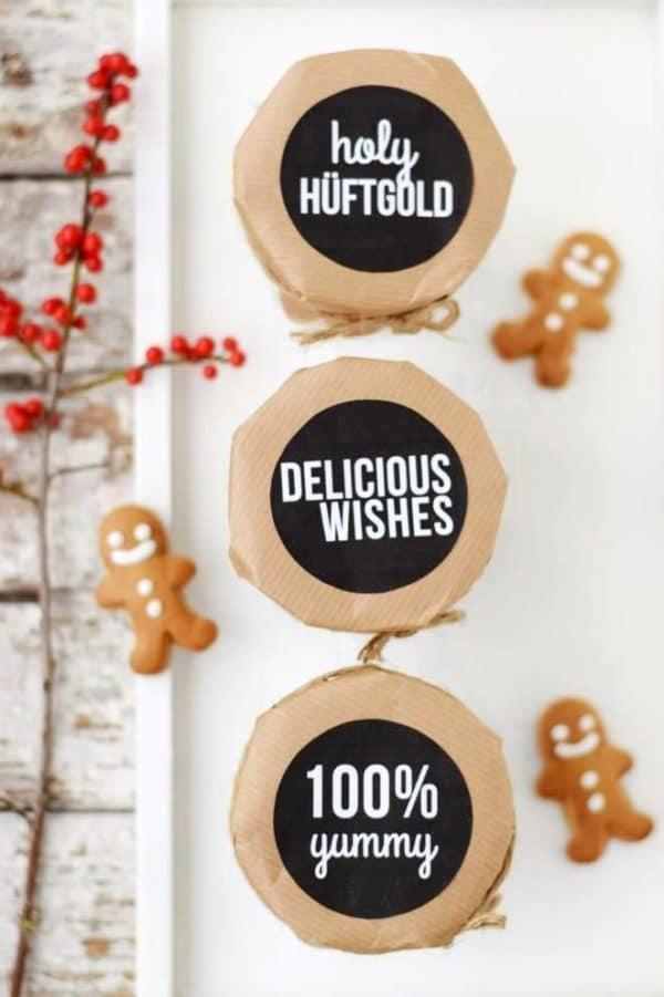 Weihnachtliche Geschenkanhänger oder -Aufkleber zum (gratis) Ausdrucken