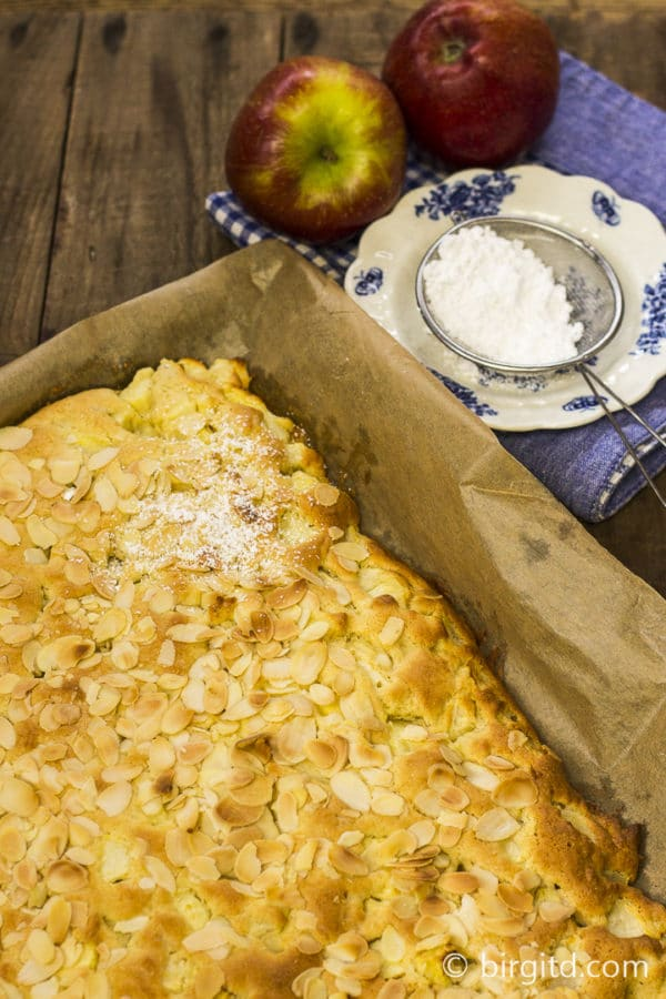 Schneller Apfelkuchen vom Blech