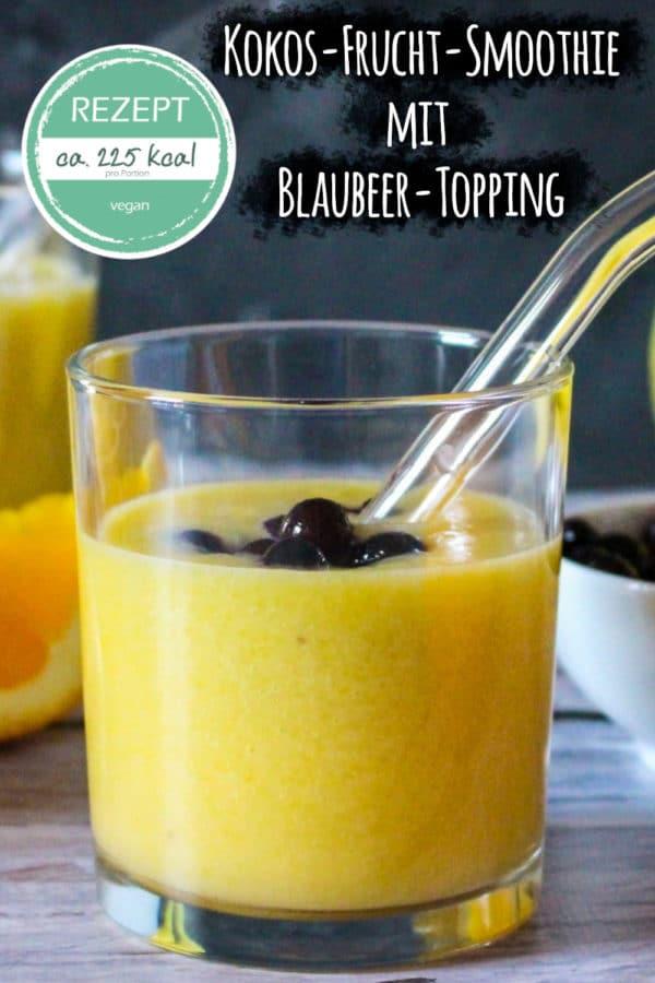 Kokos-Frucht-Smoothie mit Blaubeer-Topping (veganes Rezept)