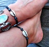 Armband und Fußbändchen, Set mit blauen Hämatitperlen, Fußband. minimal, edles Freundschaftsarmband, für Sie und Ihn, Muschelarmband,Partner