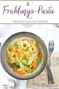 One-Pot-Karotten-Pasta mit grünem Spargel