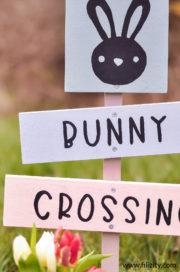 """DIY Gartenschild """"Bunny Crossing"""""""