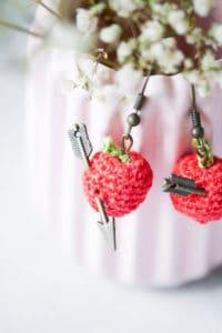 Apfel Ohrringe- individuelles Schmuckstück zum häkeln