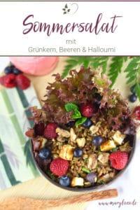 Sommerlicher Grünkernsalat mit Beeren, Nüssen & Halloumi