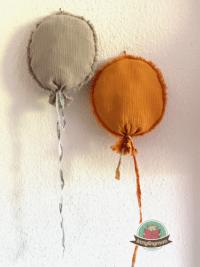 Luftballons aus Musselinresten fürs Babyzimmer
