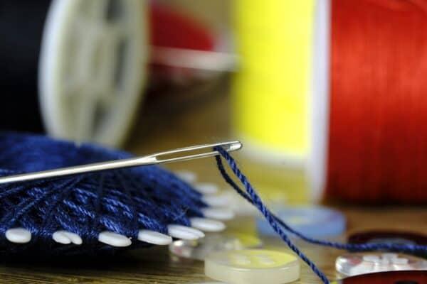 Schneidern für Anfänger: Ausstattung und Einstieg leicht gemacht