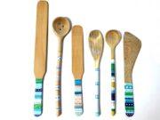 Bemalte  Kochlöffel und Holzbesteck